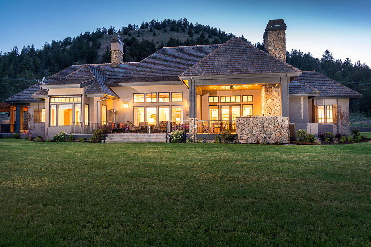 French Country Home Design By Central Oregon Custom Home