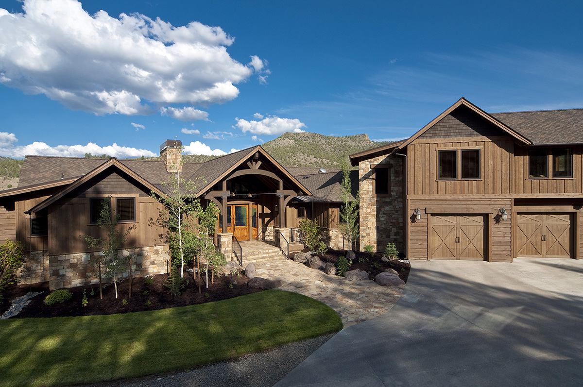Project portfolio archives page 2 of 2 western design intl for Western ranch style homes